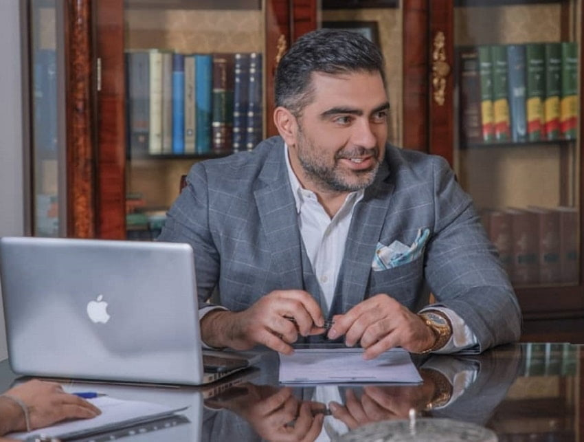 دکتر سید امیرحسین بحرینی کاندیدای انتخابات کانون وکلا
